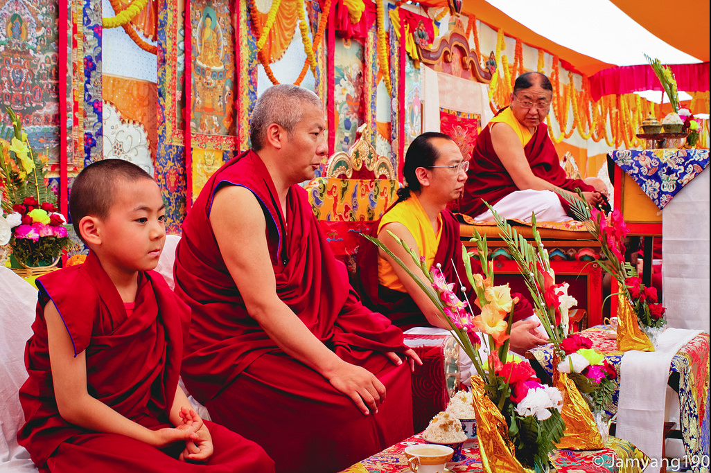 H.H Sakya Trizin & Luding Khenchen Rinpoche Tibetan Losar at Bodhgaya, Spring 2014.  Flickr - Photo Sharing! 2015-03-01 11-30-20